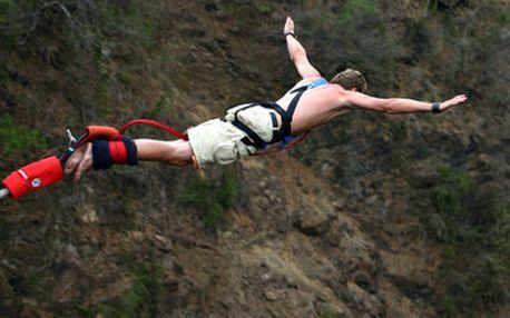Překonejte strach za pakatel! Bungee nebo Kieneova houpačka z nejvyššího místa v ČR! Dejte průchod adrenalinu! Na tohle nezapomenete!