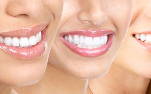 Jen 1990 Kč za bělení zubů přístrojem BEYOND POLUS. Nejefektivnější řešení pro Vaše zuby s oslnivými výsledky! Získejte nádherný bílý úsměv, který vydrží roky. Sleva 66%!