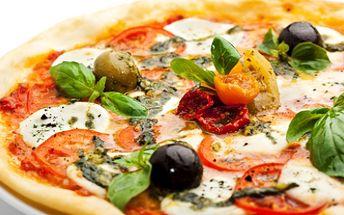 POZOR 100% SLEVA!!! Nepřehlédněte PIZZA či PASTA dle Vašeho výběru zdarma. Vyberte si jednu z lahodných pizz či těstovin v proslulé pizzerii GIALLOROSSA.