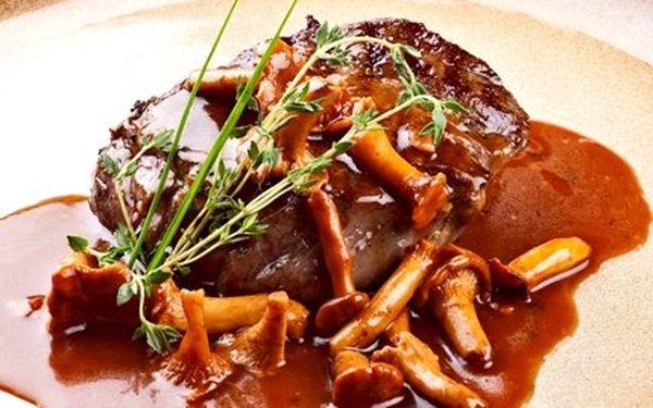 53% sleva na dva výtečné hovězí steaky s přílohou + láhev skvělého jihoafrického vína k tomu ve středověké restauraci U českých pánů v srdci Prahy! (Ušetříte 498 Kč!)