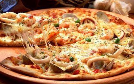 Romantické posezení pro dva ve vyhlášené italské restauraci Cappuccini, tříchodové menu za 299 Kč.