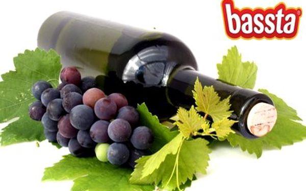 Sleva 53% za luxusní dárkový set Tak chutná Španělsko – víno Vega Libre (reserva, roč. 2006), 200g čokoládový turrón El Artesano a prvotřídní olivy Deguste!