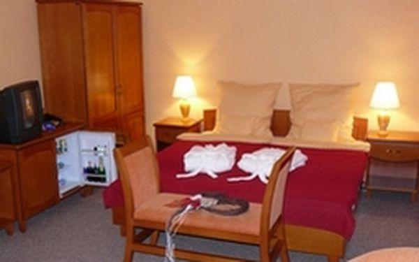 2denní romantický pobyt pro dva v jižních čechách. Načerpejte novou energii v luxusním penzionu pod zámkem !!!