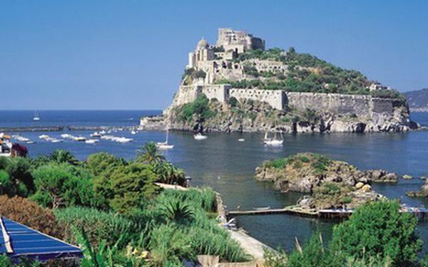 1500 Kč za voucher v hodnotě 3000 Kč na zájezd na krásný italský ostrov Ischia od CK Lenky Jandošové. Poznejte krásy ostrova s řadou termálních lázní a středověkou architekturou. Naplánujte si letní dovolenou už teď a ušetřete ještě víc.