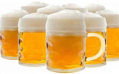Neomezený počet piv a panáků! Pijte, co hrdlo ráčí, a nijak se neomezujte.
