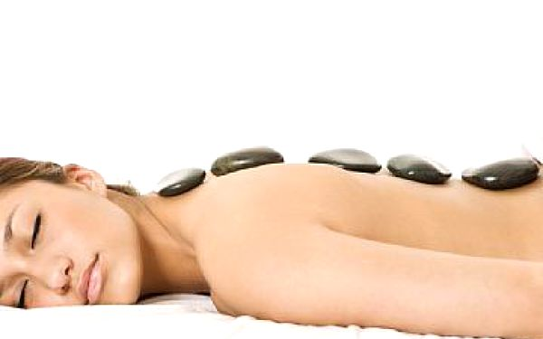 Luxusní masáž lávovými kameny se slevou 50%!