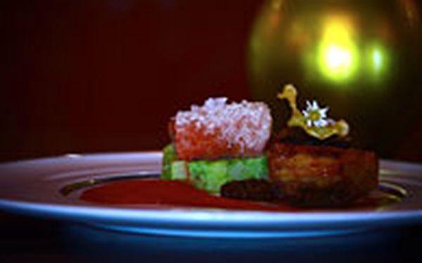 Čtyř-chodové degustační menu - Pohostěte někoho blízkého čtyř-chodovou večeří pro dva při svíčkách v restauraci Le Grill v Hotelu Kempinski Hybernská.
