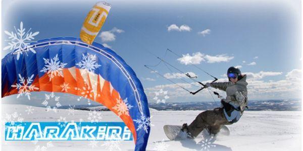 Zažijte pocit naprosté svobody a 100% adrenalinu! Nechte se unést větrem na lyžích či snowboardu! Intenzivní kurz Snowkitingu za neuvěřitelných 499,- Kč!