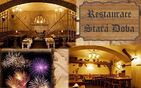 Neopakovatelná Silvestrovská oslava v centru města s programem, hudbou, jídlem, soutěžemi, novoročním přípitkem jenom za 600Kč. Doprodej posledních vstupenek!