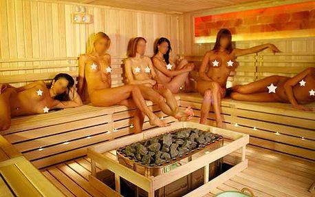 видео девки в сауне