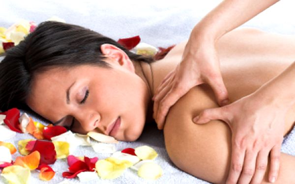 Zastavte se po vánočním shonu a odpočiňte si při 60 minutové úžasné regenerační a relaxační masáži!