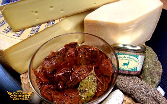 Luxusní delikatesy z Cheese Gourmet za 333 Kč místo 600 Kč! Obohaťte si silvestrovskou tabuli o francouzskou paštiku, výběrovou klobásku, sušená rajčata a sýry dle Vašeho výběru!