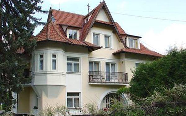 Pobyt na 4 dny se snídaněmi za pouhopouhých 675 Kč v lázních Luhačovice! Užijte si pobyt v nádherném hotelu Lužná, ve kterém trávil čas i Tomáš Baťa!