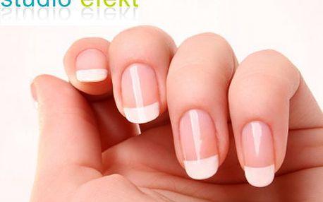 369 Kč místo 750 Kč za modeláž gelových nehtů a francouzskou manikúru ve Studiu Efekt! Vaše ruce jsou Vaší vizitkou, dopřejte si profesionální úpravu svých nehtů pro jejich krásný a přirozený vzhled!