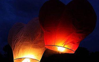 Jen 99 Kč za létající lucerničku ve tvaru srdce. Oslavte den sv. Valentýna vypuštěním lucerniček štěstí. Původní cena 226 Kč, využijte slevu 56%.