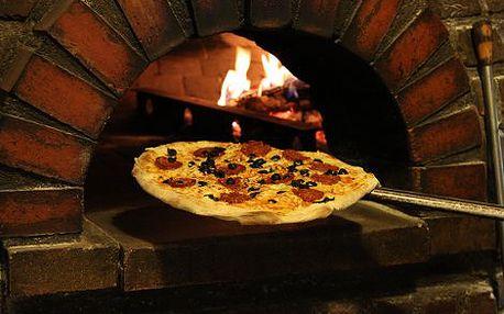 149 Kč za kupon v hodnotě 300 Kč na JAKÉKOLIV jídlo a pití v Pizzerii Sicilia! Poctivá delikátní pizza, proslulé steaky, vynikající těstovinové chody, několik druhů výtečných polévek, znamenité saláty a ještě lepší minutky! Sestavte si vlastní italské hod