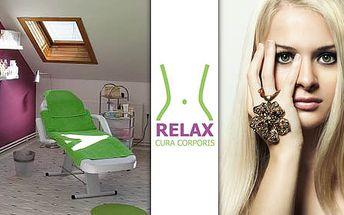Husté, svůdné a nekonečné řasy … Prodloužení řas v salonu Relax Cura Corporis jen za 1450 Kč. Buďte krásná se slevou 48%.