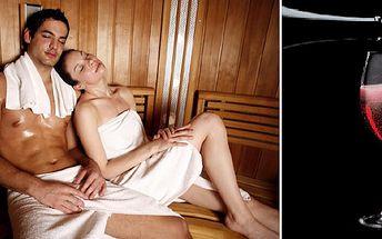 Regenerace organizmu a dokonalý odpočinek v páru. Udělejte si valentýnský večer ved dvou! Láhev dobrého Lambrusca a romantika v InfraSauně. Udělejte radost svému protějšku!
