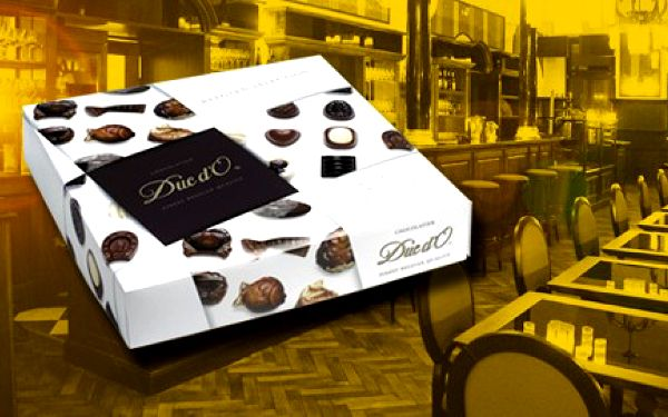 138 kč za směs belgických plněných čokoládových bonbonů s čokoládovými plody moře s oříškovou náplní. Krásný dárek! Sleva 40%!
