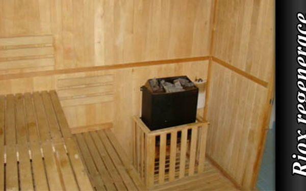Prohřejte si tělo a vzpomínejte na léto díky dvěma hodinám v sauně v salonu RIOX regenerace jen za 156 Kč. Ušetříte proti původní ceně 40%.
