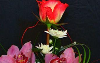 Dekorace z živých květin - zkrášlete svůj byt a potěšte svou partnerku!