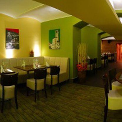 Luxusní menu v italské restauraci Leonessa pro 2 osoby v Brně se slevou 45%! 2x Pražma v solné krustě a 2x Calamarata se slávkami, 2x tiramisu a 2x káva. Dobrou chuť!