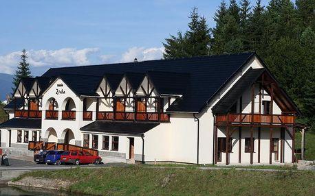 Pobyt v srdci Liptova v penzióne ZIVKA pre 2 osoby na 3 noci spolu so 4-chodovou večerou len za 69€ ! Vychutnajte si krásu prírody, zimnú lyžovačku alebo turistiku teraz so zľavou 50%