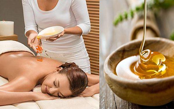 Dopřejte svému tělu detoxikační medovou masáž s úžasnou slevou 40%. Zrelaxujte a ozdravte svůj organismus pomocí včelího medu a příjemných hmatů profesionála. Nyní jen za 359,- Kč!!! 3x NÁTĚR VRSTVY MEDU!!!