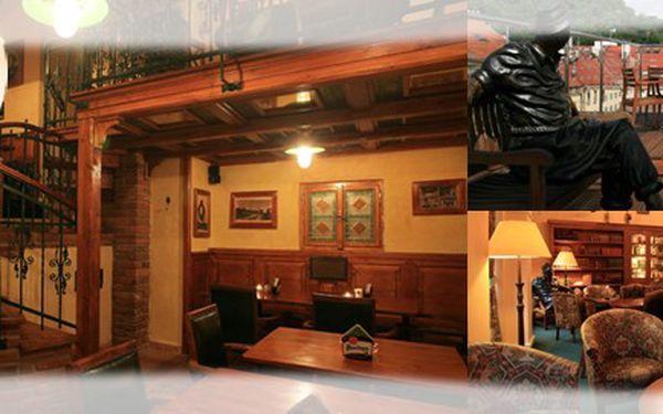 240 Kč za voucher v hodnotě 400 Kč na konzumaci jídla v restauraci JULIAN. Stylový Irish Pub hned pod Petřínem. Sleva 40%!