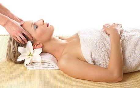 Vyzkoušejte rituální indickou masáž hlavy neboli masáž dobré nálady! Zbaví vás bolesti hlavy a uvolní od stresu.