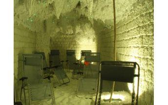 69% Jen 122,-Kč za proceduru na profesionálním masážním křesle a vstup do solné jeskyně v Turnově pro 2 osoby, a to ještě není vše ....