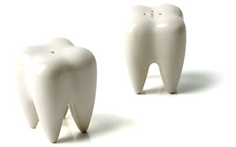 SOUTĚŽ o designový kousek - slánku s pepřenkou Zuby! Vyhrajte i bez peněz! Každý den vám přineseme něco zadarmo!