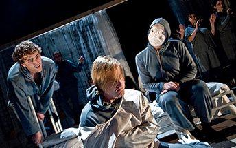 Jen 108 Kč za DIVADELNÍ představení Bohnice, aneb Člověče nezlob se! Přijďte se i Vy podívat do brněnského HaDivadla na toto vynikající představení se slevou 46%!