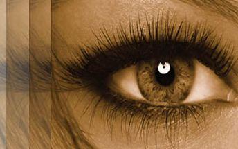 Okouzlujte hlubokým pohledem a jemnýma ručkama. Permanentní prodloužení řas a parafínový zábal jen za 750 Kč. Krásné oči i ruce se slevou 72%.