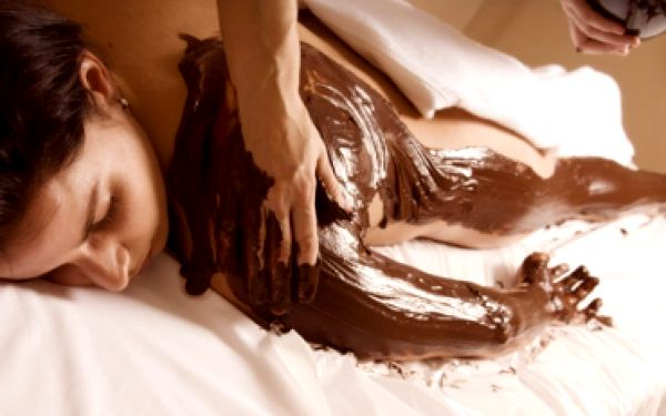 Získejte 110 min čokoládovou masáž v salonu Acantha jen za 990Kč a poznejte blahodárné účinky čokolády! Čokoládová masáž pokožku vyhlazuje, zkrášluje, vyživuje, příjemně ji prohřívá a také svou vůní přispívá k Vaší dobré náladě! Sleva 58%
