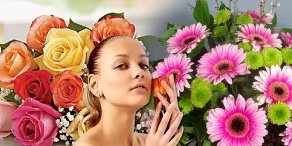 Nezapomeňte ani Vy na důležité ženy ve svém okolí a udělejte radost nádhernou kyticí již od 99 Kč s možností výběru ze 3 variant, se slevou báječných 61%!