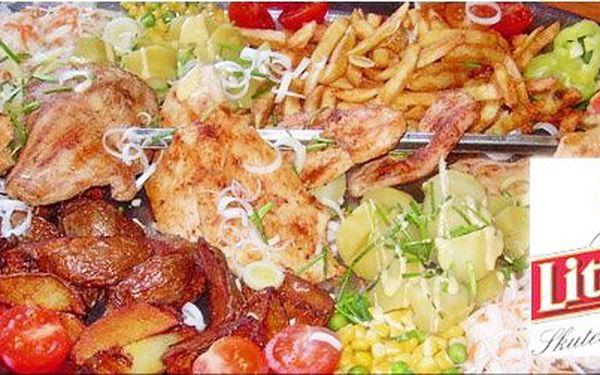 Neuvěřitelných 199 Kč za šťavnatou specialitu LITOVELSKÝ MEČ pro dva vrodinné restauraci spříjemnou atmosférou. Nechte si naložit na talíř 420 g masa tří druhů, 3 druhy příloh a vše spláchněte 2 nápoji dle Vašeho přání. Luxusní porce jídla za hubičku!