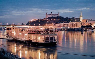 Ubytovanie na 1 noc s polpenziou v Hoteli TATRA**** so vstupom do sauny a naviac s 50% zľavou na masáže. Relaxujte v úplnom centre Bratislavy. CityKupón platí až do 31. 12. 2011 !