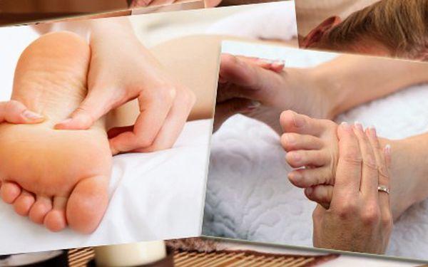 Nechte se unášet na vlnách rozkoše! Jen 250 Kč za reflexní masáž plosek nohou a uvolňující masáž šíje a ramen!