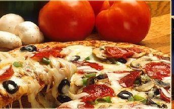 Výborná pizza v luxusní restauraci v centru Prahy, kousek od Karlova mostu!