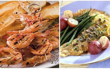 Za pouhých 256 kč získejte výborné menu pro dvě osoby – 2x špízy z krevet a česneku s omáčkou z bílého vína, másla, zázvoru a šafránu a tousty jako předkrm a 2x grilovanou máslovou rybu s bazalkou a gratinovaným bramborem s parmesánem a smetanou!