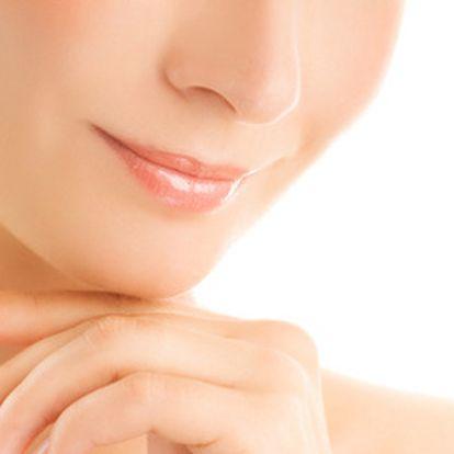 279 Kč místo 750 Kč za profesionální ošetření pleti! Kaviár, retinol i vitamín C jsou mocné zbraně v boji proti stárnutí pleti! Buďte nekompromisní – chtějte krásnou a zářivou pokožku!