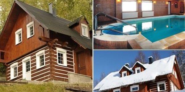 Jen 2999 Kč za pronájem dřevěné roubené chalupy v Jizerských horách pro ČTYŘI osoby na čtyři nebo pět dnů. V ceně také vstup do bazénu a sauny!