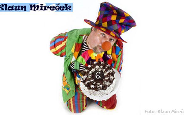 1090 Kč (běžná cena 2500 Kč) za klaunskou show na oslavě vašeho dítěte! Soutěže, balonková show, malování na obličej a klauni Mireček a Leontýnka. Ten nejlepší začátek pro dětskou párty!