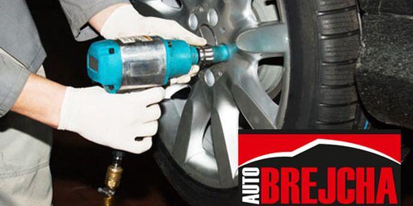 Přezutí pneumatik v Auto Brejcha nyní stojí pouhých 285 Kč. Včetně vyvážení! Pečujte o své plechové miláčky až s 57% slevou!