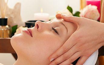 Jen 375 Kč za lymfatickou masáž obličeje + parafínový zábal rukou. Vychutnejte si účinek masáže a vyhlazení celého obličeje naprosto jednoduchou cestou. Relaxujte se slevou 50%.