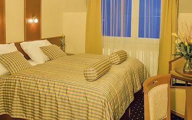 Romantický pobyt pro dva na jednu noc v luxusním hotelu PRIMAVERA**** v Plzni. Vemte svoji drahou polovičku a prožijte spolu nezapomenutelné chvíle u večeře při svíčkách v našem hotelu.