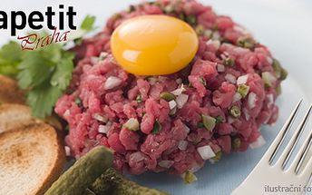 250 Kč (běžná cena 500 Kč) za 300g tatarák z pravé svíčkové pro 2 gurmány! V restaurantu Apetit vám ho naservírují s vaječným žloutkem, 8 topinkami a papričkami jalapeňos. Bon Appetit!