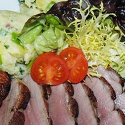 Přijďte ochutnat výborná kachní prsa se šťouchanými bramborami do příjemného prostředí restaurace Selský Statek. Nabízíme úžasnou slevu 50%!