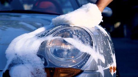 Máte rádi svého plechového miláčka? Dopřejte mu odbornou péči! Ruční mytí celého auta s 51% slevou! Využijte skvělou cenu 98 Kč za nejšetrnější mytí Vaše auta!